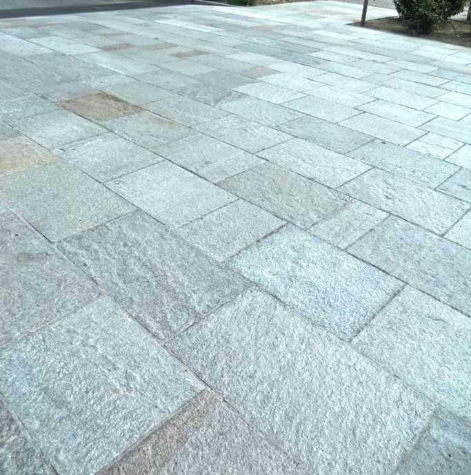 Pavimenti cod 08 piano naturale alpe s r l - Pietra di luserna per esterni ...